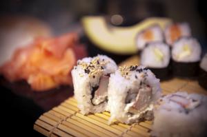 catering-aperitivos-cocina-oriental-sushi-eventhouse
